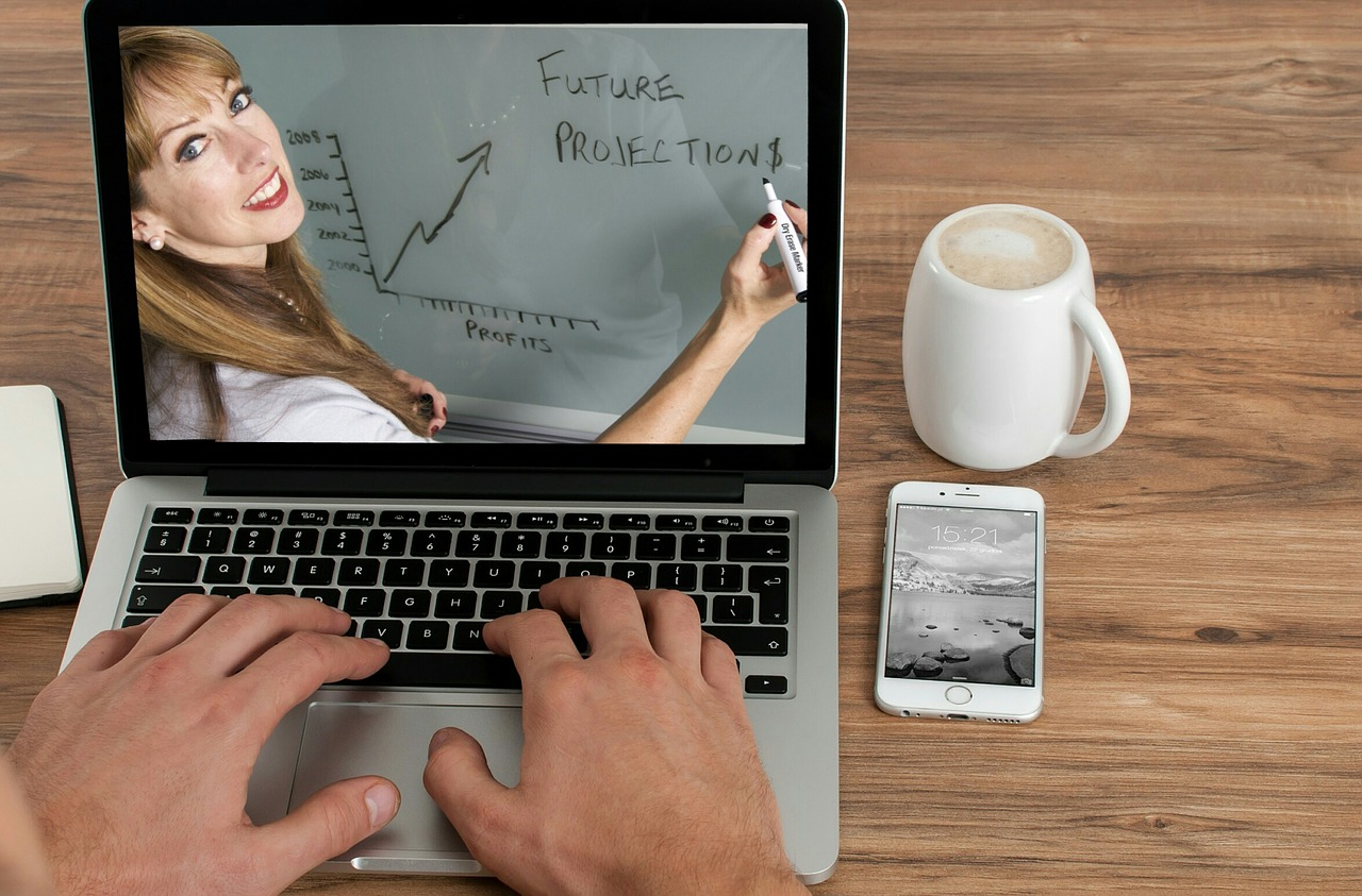 Advance Your Education With Online Courses